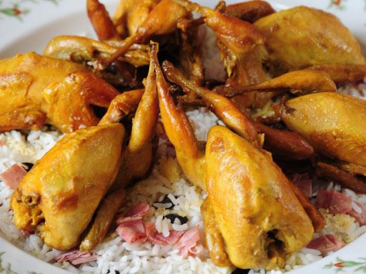 خوراك بلدرچين با زيتون پلو