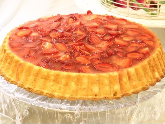 كیك توتفرنگی كلاسیك | طرز تهیه کیک توت فرنگی