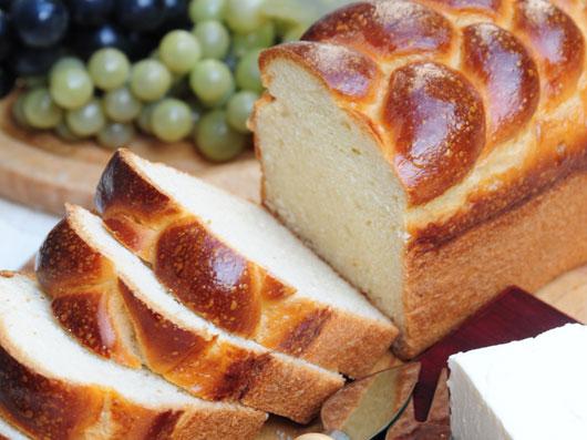 نان سفید برشی