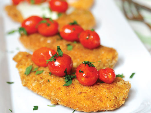 مرغ سرخكرده با گوجهفرنگی برشته