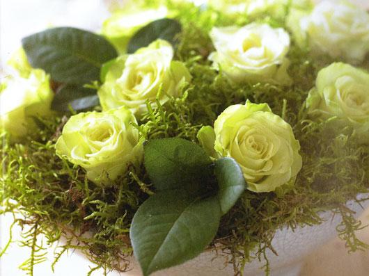 گل آرایی برای میز غذا خوری