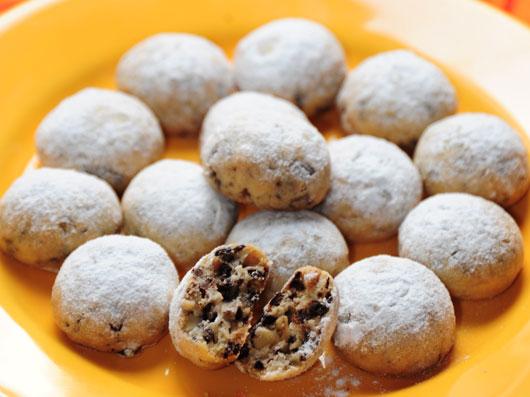 شیرینی توپهای برفی