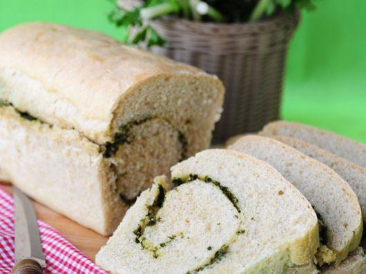 نان سبزی حلزونی