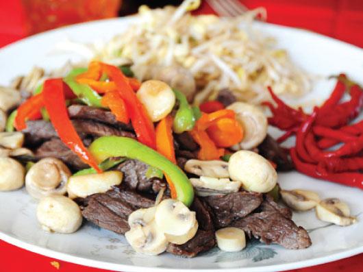 خوراك قارچ با فیله گوسـاله