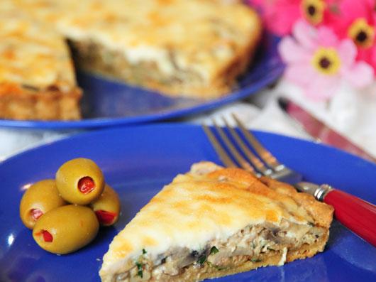 كیش ماهی دودی و پنیر