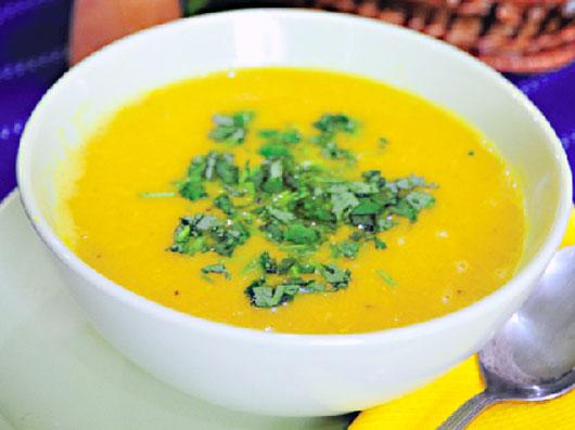 سوپ دال عدس و شیر نارگیل