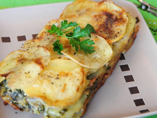 خوراك سیبزمینی با قارچ و پنیر