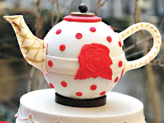 طرز تهیه کیک به شكل قوری