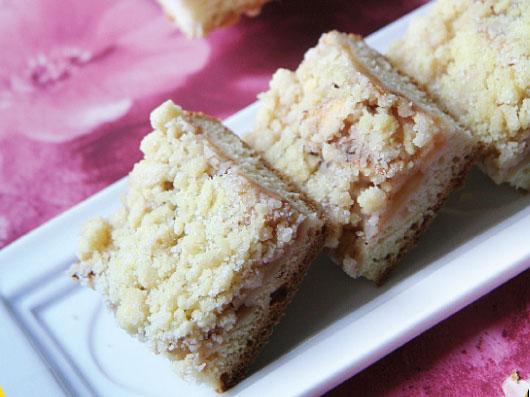 شیرینی برشی سیب و دارچین