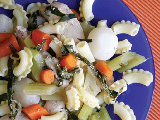 خوراك مرغ و پاستا (دیابت)