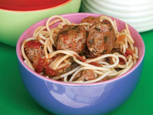 اسپاگتی و كوفتههای پنیری