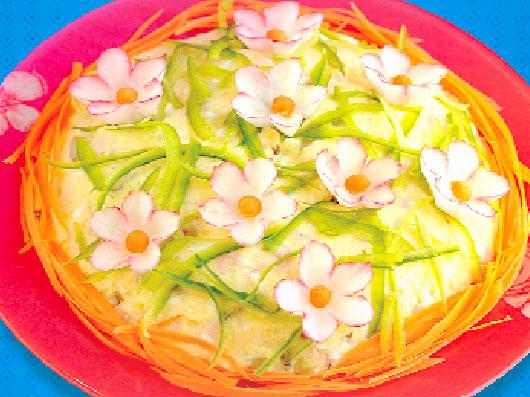 سالاد الویه با گل های بهاری