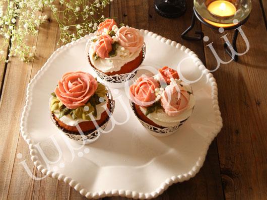طرز تهیه کاپ کیک گلهای رز