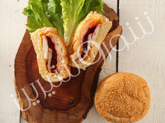 ساندويچ مرغ تنوری ايتاليایی