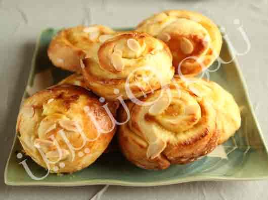 نان کرمدار لیمویی