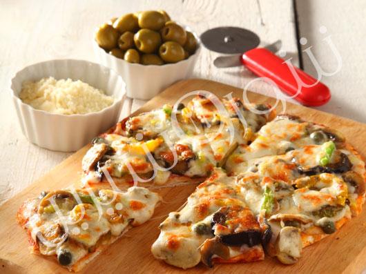 پیتزا کیپر و بادمجان