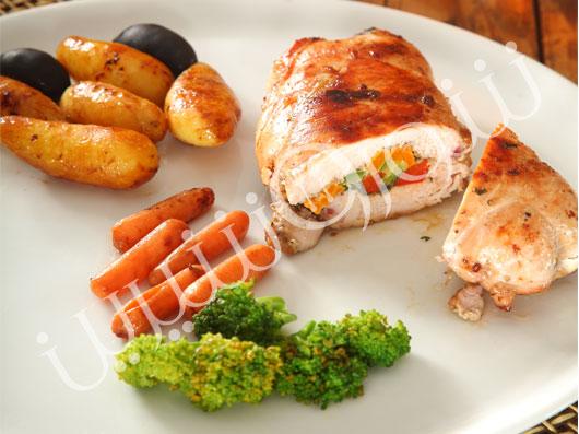سینه مرغ پر شده با سبزیجات
