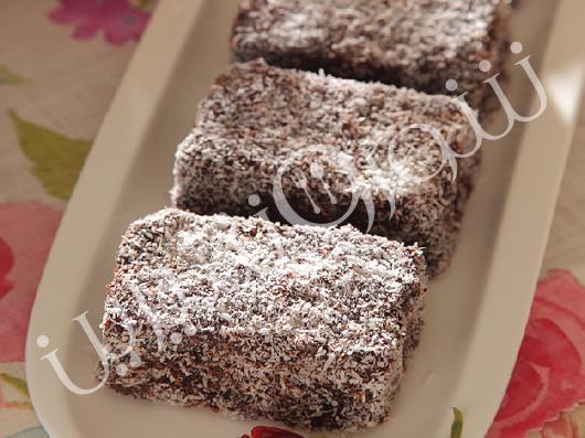 کیک لَمینگتن استرالیایی (lamington cake)