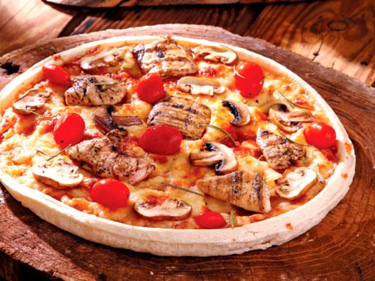 پیتزای مرغ باربکیو