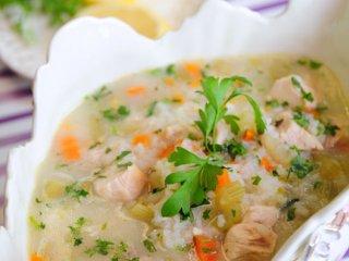 سوپ تخم مرغ و ليمو