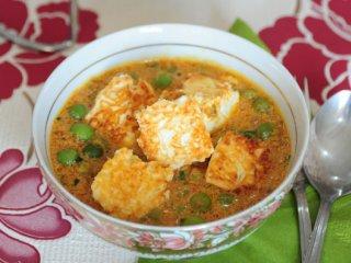 خوراك نخود فرنگی و پنير (هندی)