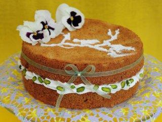 اسپایسی کیک  با خامه عسلی