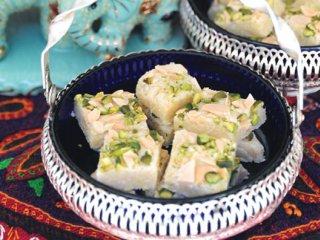 شیرینی هندی بادام و پسته (هندی)
