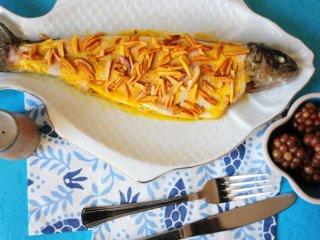 ماهی قزل آلا با سس بادام