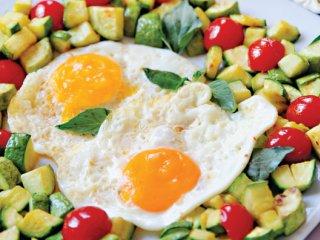 خوراك تخم مرغ تابستانی