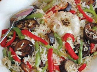 كسرول سیــر انواع سبزی و برنج