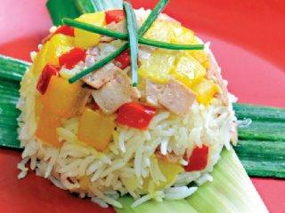 برنج مخلوط با ژامبون و سیبزمینی