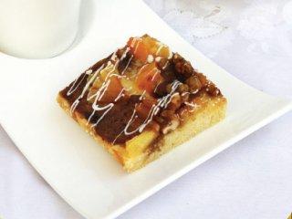 شیرینی برشی با آناناس