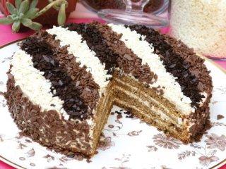 طرز تهیه کیک فندق و قهوه