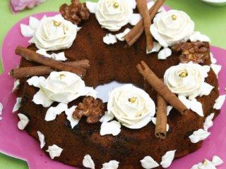 طرز تهیه کیک خرما و دارچین