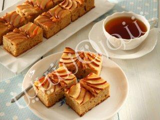 طرز تهیه کیک برشی سیب