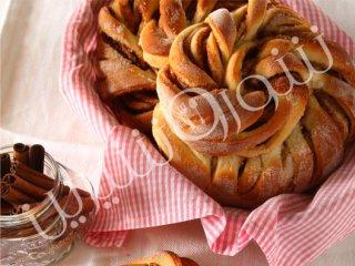نان دارچینی شکری