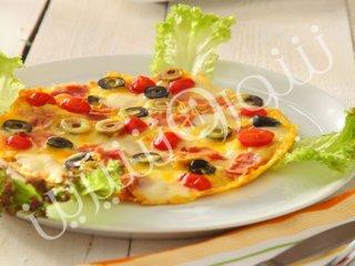 املت با زیتون و پنیر موزارلا تازه