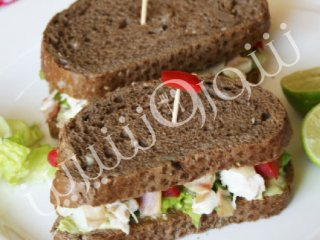 ساندویچ کلاب مرغ | طرز تهیه ساندویچ کلاب مرغ