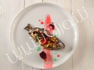 ماهی تنوری با سس قرهقروت