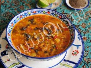 سوپ دال عدس  با برگ زردآلو
