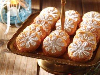 شیرینی  نارگیلی  با کرم لیمو