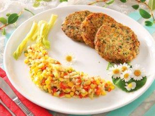 کیک ماهی سمن با سبزیجات