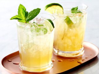 آیس تی لیمو (چای لیمویی با یخ)
