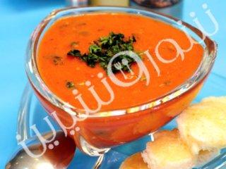 سوپ گوجهفرنگي با نان برشته پنيري