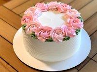 آموزش خامه کشی کیک اسفنجی